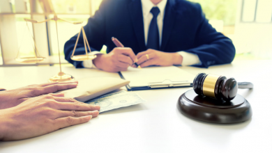 Photo of When Am I Entitled to Hire a Criminal Defense Lawyer?